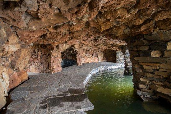 Oberon, Australia: In the grotto