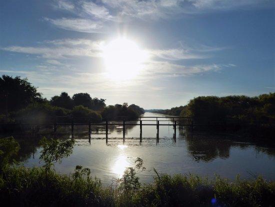 Minneola, FL: Old canal bridge