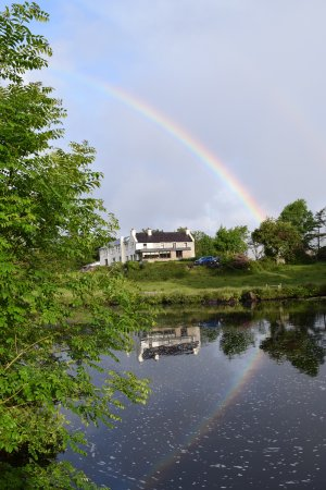 Glencar, Ireland: Beautiful photo from our morning walk