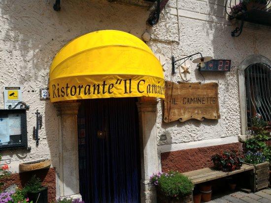 Rocca di Cambio, Italy: TA_IMG_20170610_145632_large.jpg