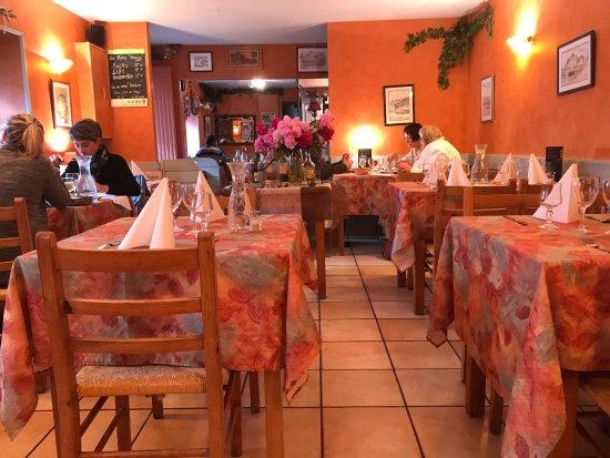 Lampaul-Guimiliau, Francia: photo5.jpg