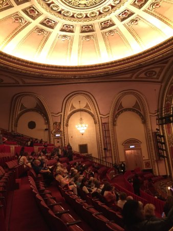 cadillac palace theatre chicago lohnt es sich. Cars Review. Best American Auto & Cars Review