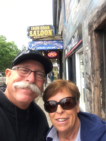 Iron Door Saloon and Grill: photo0.jpg