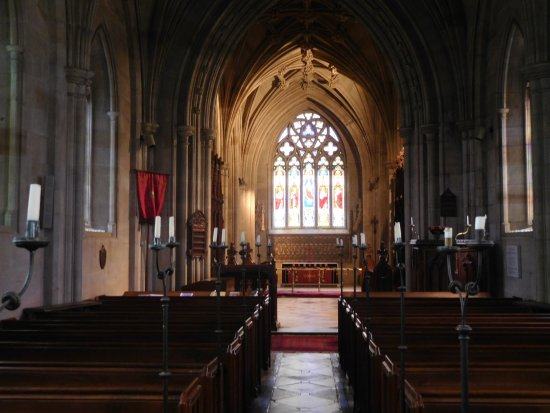 Charlecote, UK: The church interior