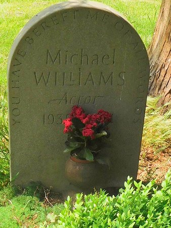 Charlecote, UK: The headstone of Michael Williams