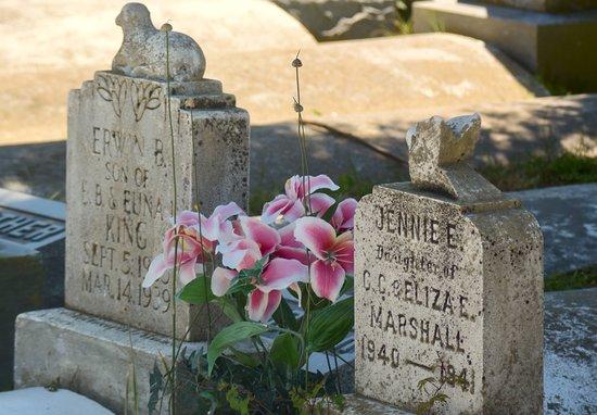 Reedville, VA: Historic Cemetery