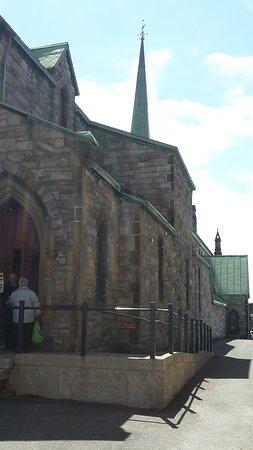 Trinity Church: church entrance