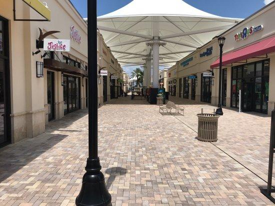 Downtown West Palm Beach : photo0.jpg