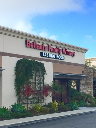 Mission Viejo, CA: Our tasting room in Orange County, CA