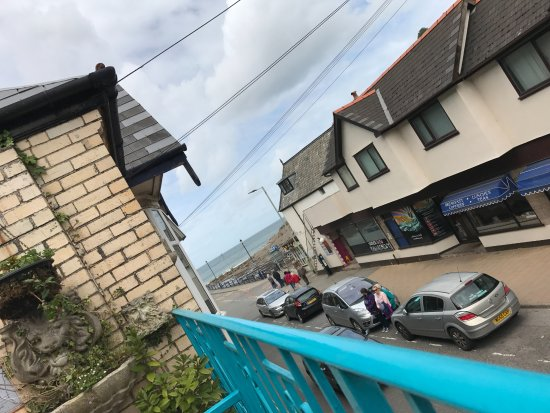 Combe Martin, UK: Sight down to the beach from the Terrace