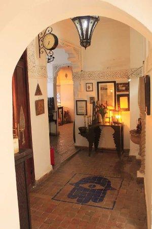 Riad Dar Khmissa Marrakech: Entrée  du Riad