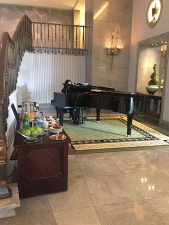 Four Seasons Hotel Ritz Lisbon: photo4.jpg