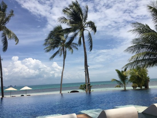 Baan Kilee Villa: View from the pool