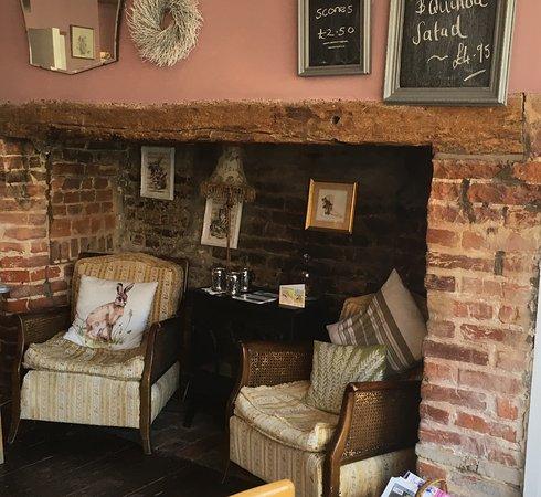 Mulberry's Tea Room: photo2.jpg