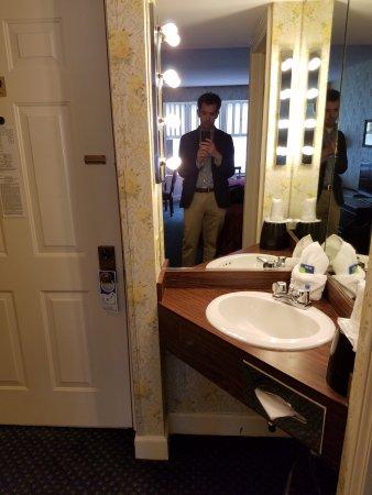 Murray Hotel: 20170530_131534_large.jpg