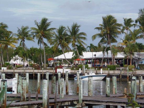 Treasure Cay Beach, Marina & Golf Resort: From around the marina looking towards the Tipsy Seagull bar