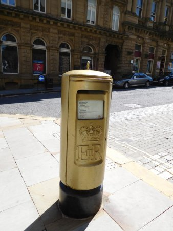 Halifax, UK: The gold post box for the Olympics