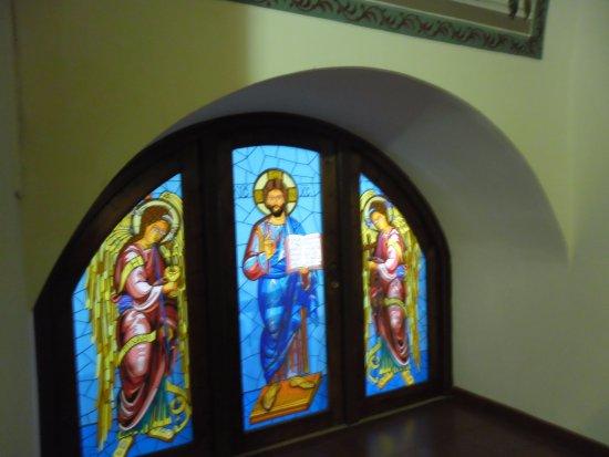 Pedoulas, Siprus: Витражи