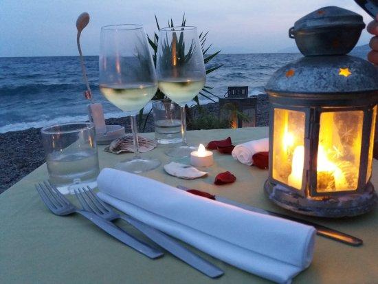 Cena super romantica!! - Picture of Ristorante Bagni Al Saraceno ...