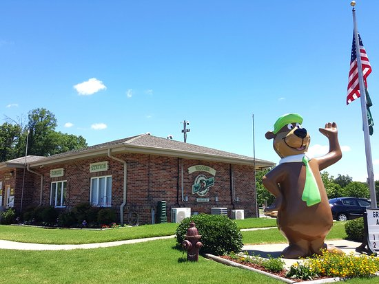 Yogi Bear's Jellystone Park Memphis: Registration Office