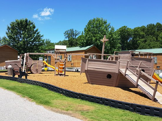 Horn Lake, MS: Second of Two Children's Playgrounds