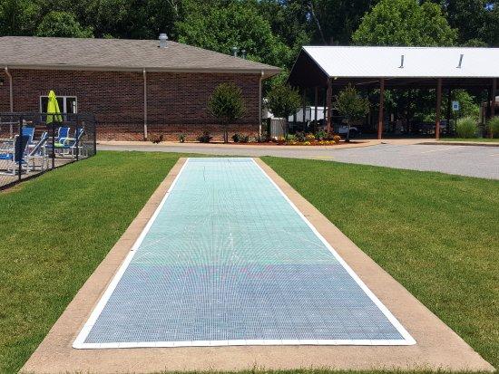 Horn Lake, MS: Shuffleboard Court