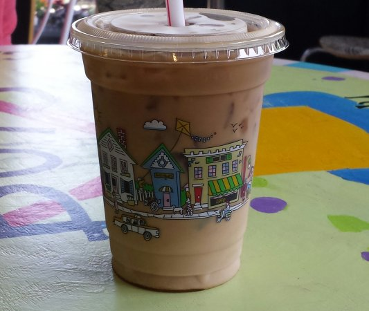 Loveland, OH: Chilled Carmel Coffee