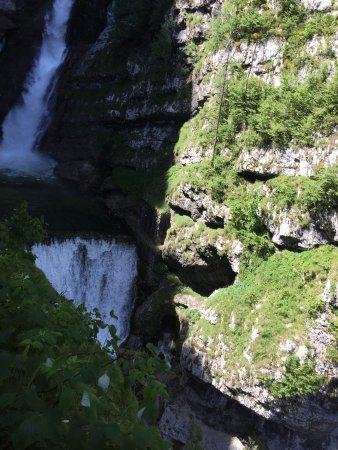 博希尼湖張圖片