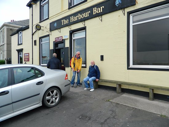 The Harbour Bar: Front Entrance