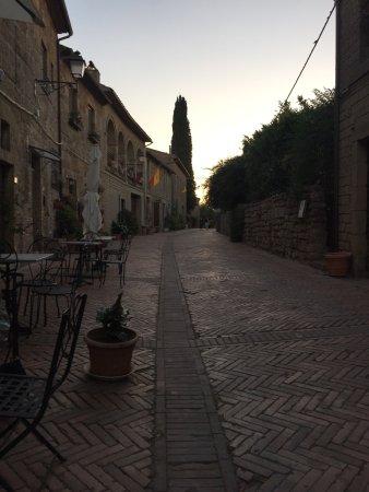 Sovana, Italië: photo0.jpg
