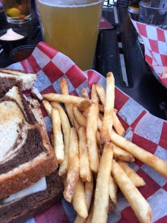 Saint Cloud, MN: portion control? Give me a couple more fries, please!