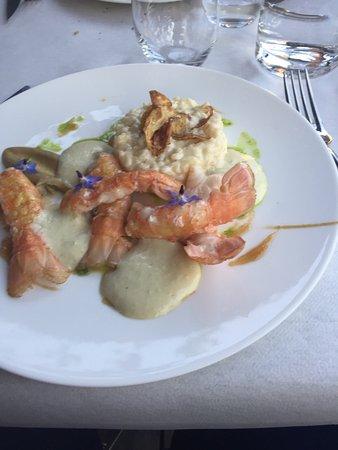 Pamiers, Fransa: Les mise en bouche plus langoustines avec son risotto