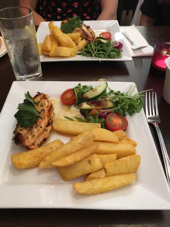 Grangemouth, UK: Great food here, come here often with the family :)