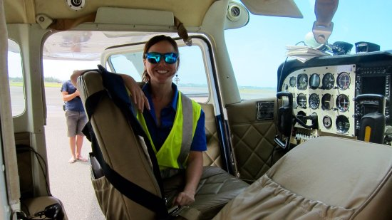 St. George's Parish, Islas Bermudas: My great pilot and guide, Heather!
