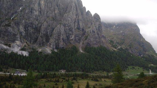 Province of Belluno, Italy: Rifugio Sorgenti del Piave visto dal Col di Caneva