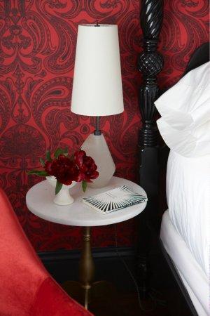 Hawthorne Inn: Queen suite