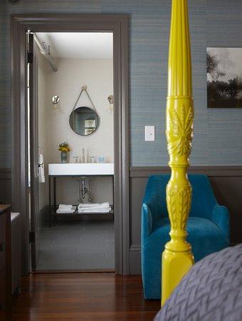 Hawthorne Inn : Queen suite