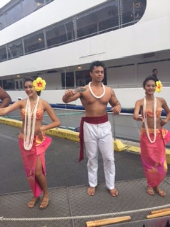 Star of Honolulu - Dinner and Whale Watch Cruises: Sunset Dinner Cruise dancers