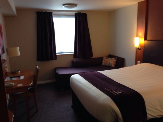 Premier Inn Camberley Hotel: photo4.jpg
