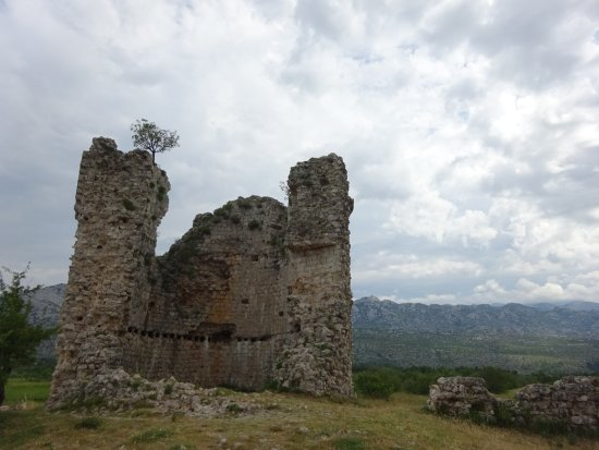 Starigrad-Paklenica, Croatia: Ruins