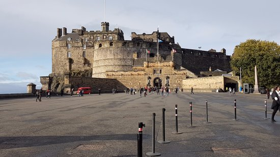 ‪Edinburgh Castle Esplanade‬