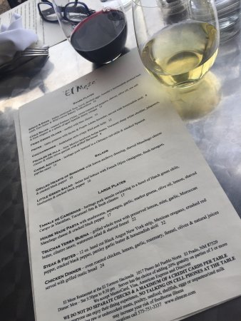 El Meze Restaurant: nice wines and food selection