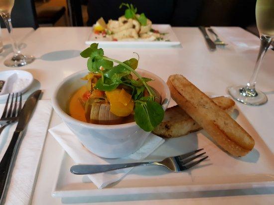 Yellowfin Seafood Restaurant: 20170610_184238_large.jpg