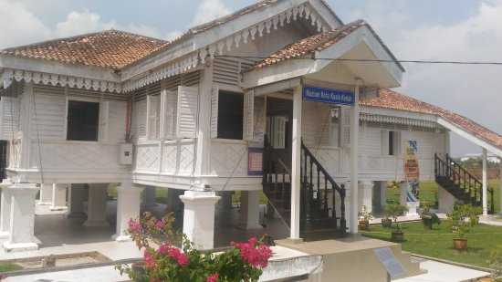 Kuala Kedah Fort Historical Complex