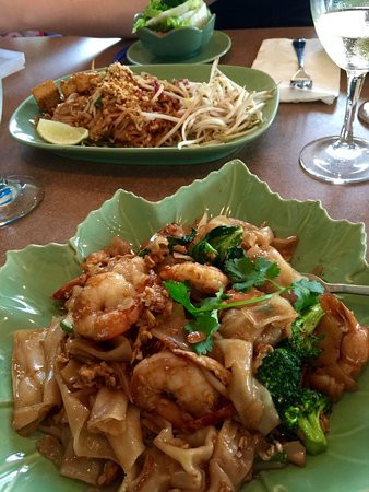 Tamarind asian restaurant 503 n meadow st in ithaca for Asia cuisine ithaca ny