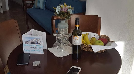 Pantelia Suites: Welcome upon arrival