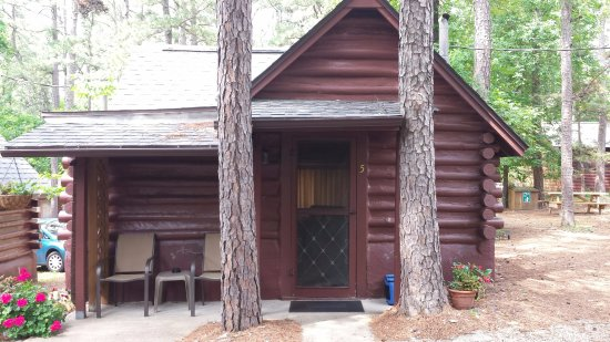 Tall Pines Inn: Our home away from home : }