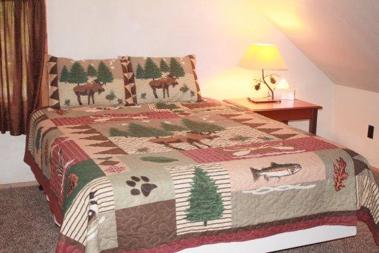 Sterling, AK: Moose Cabin, Loft Bedroom