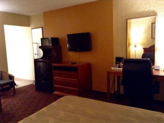 Quality Inn & Suites Goodyear: photo1.jpg