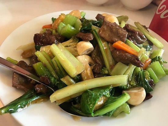 Three Sisters Bbq Chinese Restaurant : photo3.jpg